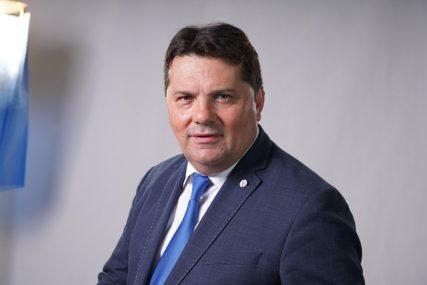 Stevandić: Mogu ustavne promjene koje vraćaju Srpskoj vojsku, poreze, carinu