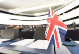 IZBORI U ZNAKU BREGZITA Britanci danas na biralištima