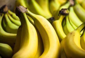 MEĐU NAJHRANJIVIJIM VOĆEM Saznajte da li je dobro jesti banane prije spavanja