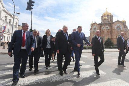 SIGURNI GLASOVI Koalicioni partneri BEZREZERVNO uz Milorada Dodika i Željku Cvijanović
