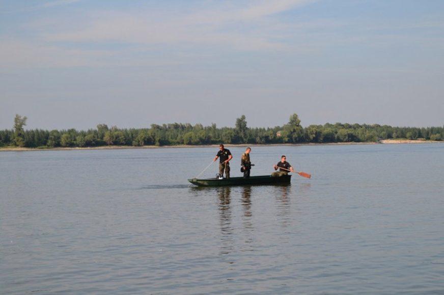 TRAGEDIJA KOD VELIKE PLANE U jezeru se utopio muškarac