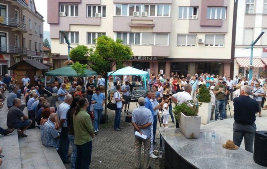 MIGRANTSKA KRIZA Otkazani protesti u Bihaću, organizatorima kazne i do 5.000 KM