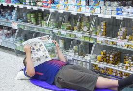 NESNOŠLJIVA VRUĆINA POKORILA EVROPU Finci spavaju u trgovinama s klimom