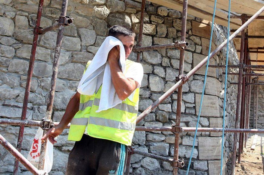 RAD U PAKLENIM USLOVIMA Poslodavcima važnija zarada od zdravlja radnika