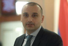 """BANJAC DODIKOVO OBRAĆANJE OCIJENIO POZITIVNIM """"Došlo vrijeme da srpski političari mogu da kažu šta misle"""""""