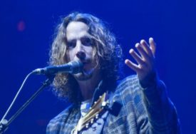 """SJEĆANJE NA LEGENDARNOG GRUNGE KANTAUTORA U novembru album """"Chris Cornell"""" sa 17 pjesama"""