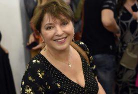 ODUŠEVILA FANOVE Mirjana Karanović pozirala u kupaćem, PLJUŠTE KOMPLIMENTI