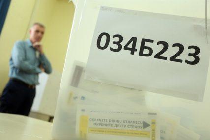 """""""SVAKO IMA SVOJU ULOGU"""" Američka ambasada pozvala građane da prijave nepravilnosti oko glasanja poštom"""