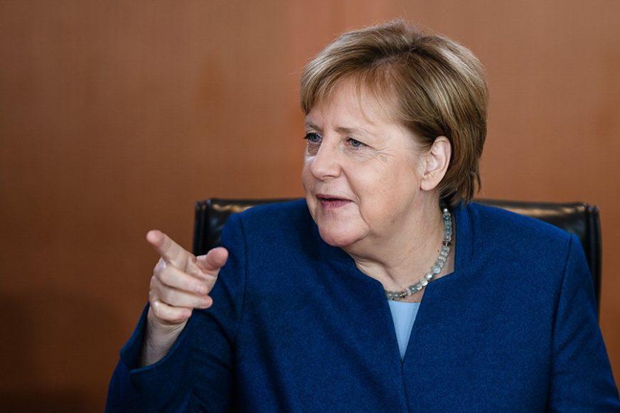 Vlada Merkelove pozvala Prištinu da okonča trgovinski rat sa Beogradom
