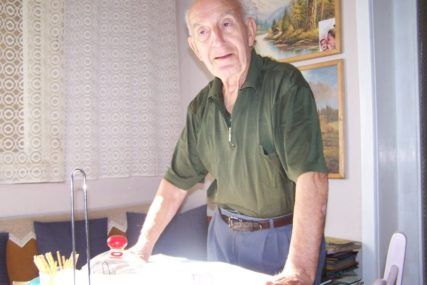 ISPISAO FUDBALSKU ISTORIJU BEZ JEDNOG BUBREGA Asim Hadžialagić (91) sportska legenda Gradiške