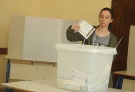 POZNATA ODLUKA CIK ZA GLASAČE POZITIVNE NA KORONU Oni koji budu u izolaciji glasaće uz pomoć mobilnog tima