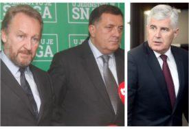 STRANCI KUMUJU SVAKOM DOGOVORU U BiH Zašto su domaći političari NESPOSOBNI da sami vode BiH