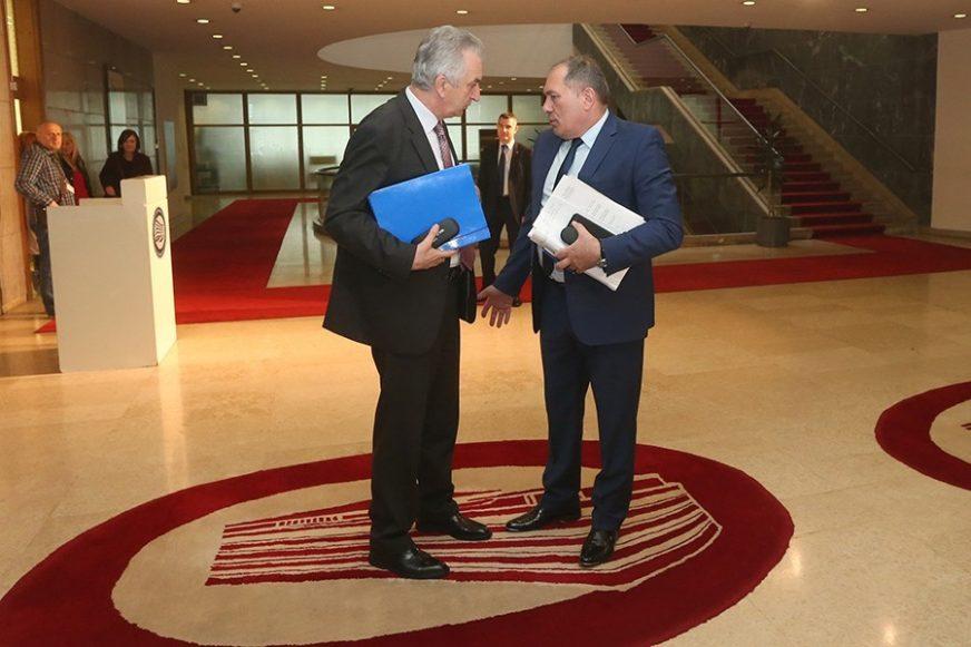 NA DVIJE STOLICE Neki političari u BiH će istovremeno biti i poslanici i ministri