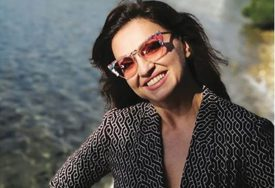 OTKRILA BUJAN DEKOLTE Nina Badrić SERVIRALA SEKSIPIL, ali u primjerenoj dozi (FOTO)