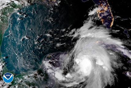 SMRTONOSNI MAJKL Jedan od najjačih uragana koji su ikada pogodili Ameriku ODNIO 12 ŽIVOTA i za sobom ostavio PUSTOŠ