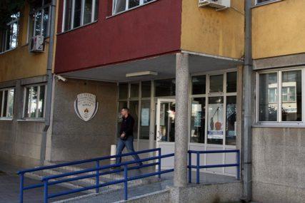 BRINU LI O BILO KOME Policija u Doboj kaznila šest osoba zbog kršenja policijskog časa