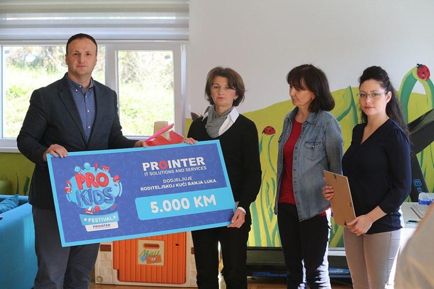 """""""Prointer"""" poklonio tablete i 5.000 KM za djecu u Roditeljskoj kući"""