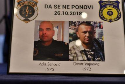 DOŠAO NA MJESTO SVOG OCA Sin ubijenog policajca dobio posao u stanici