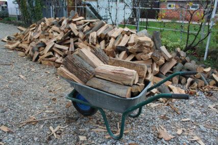 Centralno grijanje sve manje popularno: Pelet najtraženiji, drva najjeftinija