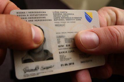 MOLDAVKA UHAPŠENA U BANJALUCI Iskoristila tuđe podatke i napravila lažna lična dokumenta