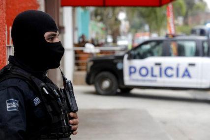 UŽAS U MEKSIKU Policija pronašla 16 leševa zakopanih u jami
