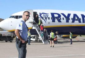 """OPET SMANJUJU BROJ LINIJA """"Rajaner"""" obustavlja letove u septembru i oktobru iz Banjaluke"""