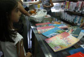 POMOĆ RODITELJIMA I UČENICIMA Besplatni udžbenici za djecu iz višečlanih, hraniteljskih i romskih porodica