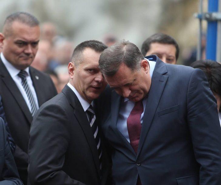 """""""Zar neko misli da bi ostao ministar?!"""" Dodik poručio da je priča o njegovom sukobu sa Lukačem IZMIŠLJOTINA"""