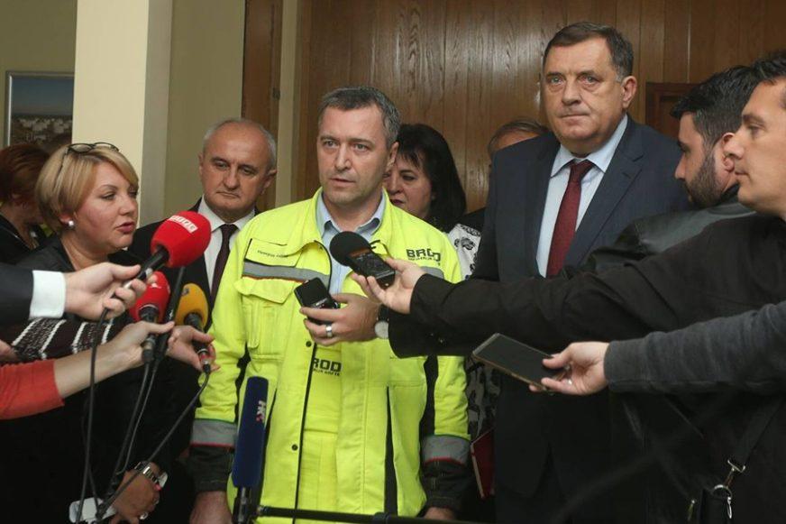 Sastanak rukovodstva rafinerije u Brodu sa Dodikom: Utvrdićemo šta je uzrok požara