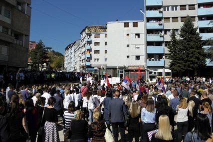 """""""SRBIMA UGROŽENO PRAVO NA OPSTANAK"""" Gradonačelnici sa sjevera Kosmeta obrazložili OSTAVKE"""