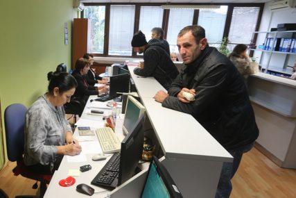 Podaci Zavoda za zapošljavanje: Svaki mjesec posao za 2.490 nezaposlenih u Srpskoj