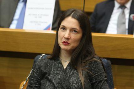 """""""NE SLUŽE NIČEMU"""" Trivićeva o zaključcima usvojenim u NSRS"""