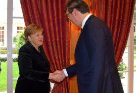 """""""NIKO NE MOŽE DA KAŽE - UZMI ILI OSTAVI"""" Vučić o kosovskom pitanju sa Merkelovom"""