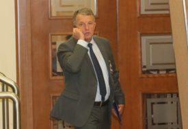 NEZAKONITI ODSTREL DIVLJAČI Izvještaj protiv narodnog poslanika Nedeljka Glamočaka