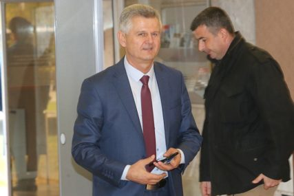 I socijalisti krenuli u BITKU ZA MANDATE: Risto Marić kandidat za NAČELNIKA MODRIČE