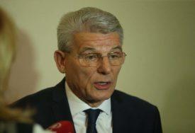 Džaferović PORUČUJE: Hrvatska je POGRIJEŠILA primajući Dodika
