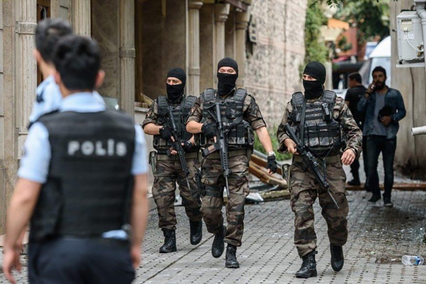 HAPŠENJE U ANKARI Pronađeni muškarci koji su ispalili rafal ispred austrijske Ambasade