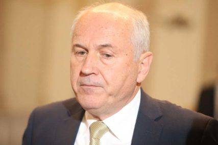 """""""VEČERAS ĆU MIRNO DA SPAVAM"""" Incko komentarisao navode o smjeni s pozicije visokog predstavnika u BiH"""