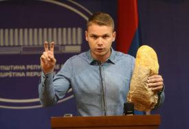 """""""Da li ste za BORBU PROTIV KORUPCIJE ili niste?"""": Stanivuković zatražio ukidanje BIJELOG HLJEBA"""