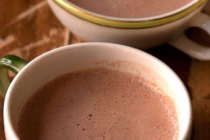 NAPITAK PUN IZNENAĐENJA Kuvani kakao mnogo bolji od kafe, ovo su njegove prednosti