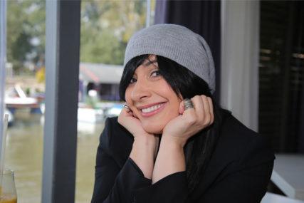 """""""Ne znam o čemu ta žena priča"""" Oglasila se pjevačica nakon što je Vesna Dedić priznala da je Kaliopi htjela smjestiti otkaz"""