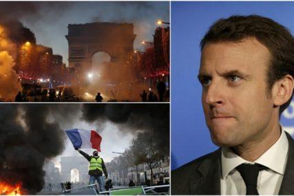 """""""Žuti prsluci"""" bukvalno su zapalili Francusku, mogu li da SRUŠE MAKRONA?"""