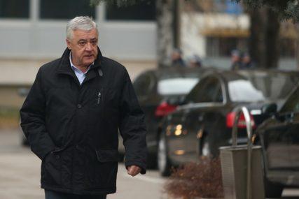 """""""Umjesto boraca, predstavlja svoj interes"""" DNS optužio Milomira Savčića za brojne afere"""
