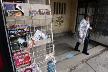POSLJEDICE POVEĆANJA CARINA Štampa ne stiže, nestaju zalihe, u Kosovskoj Mitrovici NEMA MLIJEKA