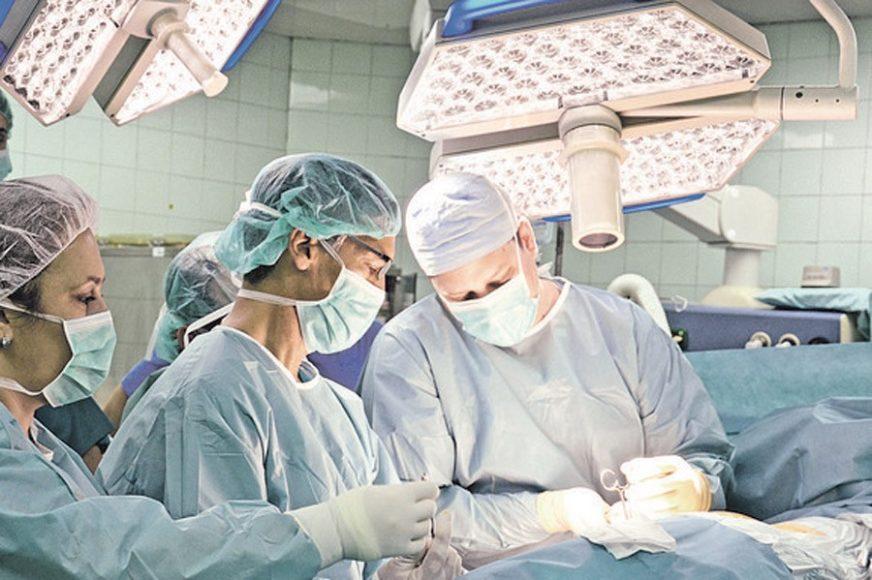 """""""ZAMALO DA UMRE ZBOG MOJE GREŠKE"""" Doktorka se izvinila pacijentkinji i to joj je PROMIJENILO ŽIVOT"""