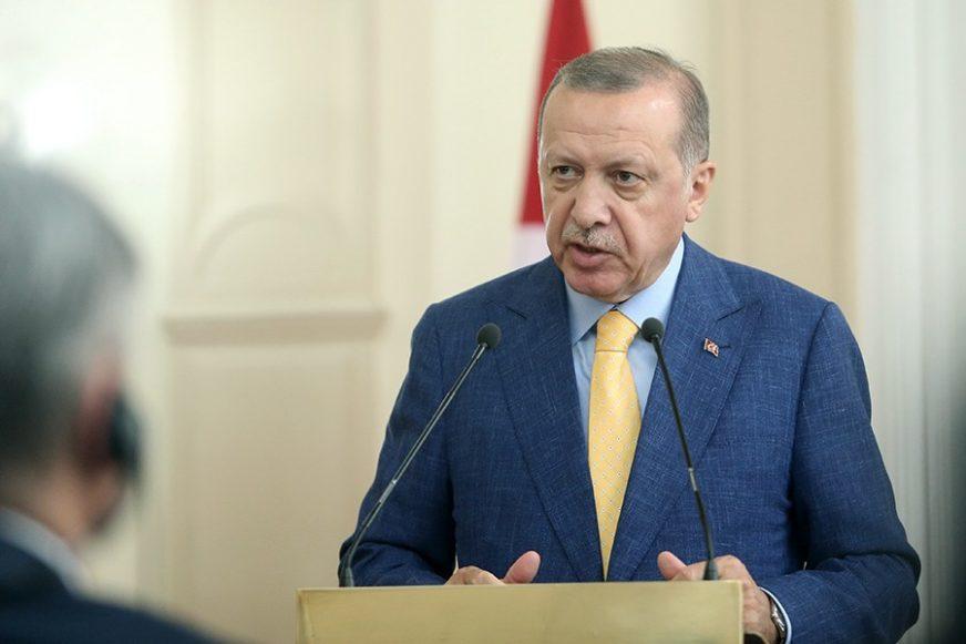 UPRKOS RUSKIM UVJERAVANJIMA Erdogan: Kurdi se nisu potpuno povukli