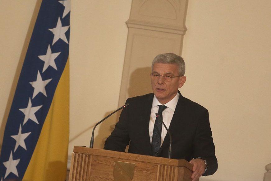 Srna: Šefik Džaferović potpisivao državljanstva teroristima