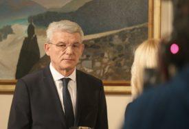"""""""MOJA PLATA JE 5.400 KM"""" Džaferović tvrdi da njegova inicijativa za smanjenje nije prošla u Predsjedništvu"""