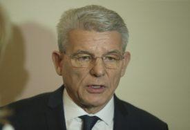 """""""NEĆU SE VIŠE  KANDIDOVATI"""" Džaferović poručio da je Izetbegović logičan izbor za člana Predsjedništva"""