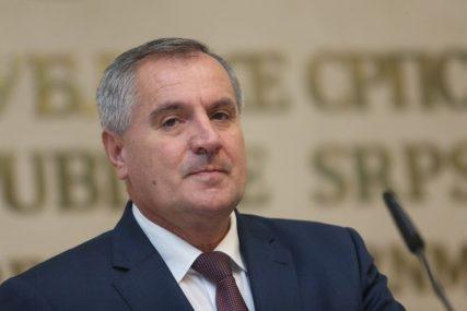 UZ PUNO UVAŽAVANJE Višković: Vlada će nastaviti da štiti prava GRAĐANA ZASLUŽNIH ZA STVARANJE SRPSKE